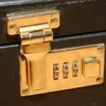 sutcase-security-code-lock-1558428-300x200